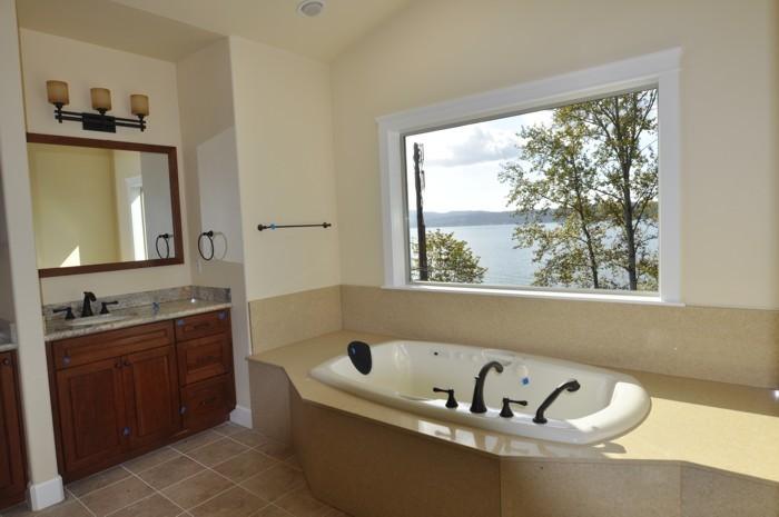 Acc custom homes interiors seattle tacoma puyallup for Bathroom remodeling tacoma wa